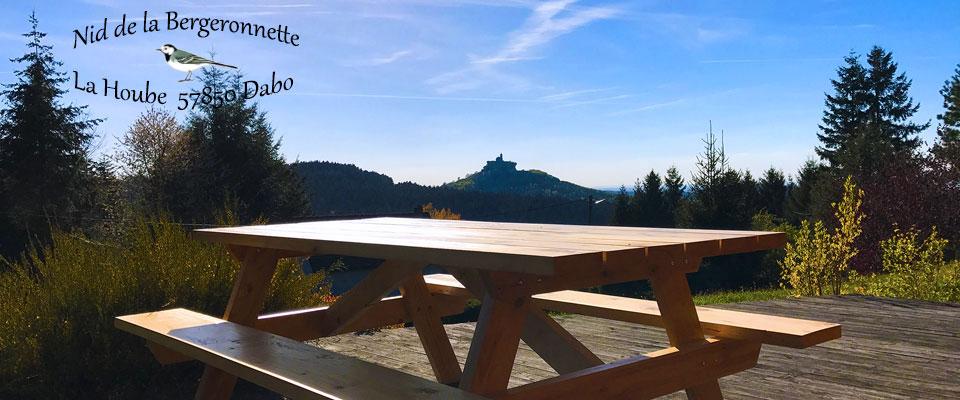 """Vue panoramique depuis la terrasse du """"Nid de la Bergeronnette"""" à proximité de Marlenheim et de la """"Route des Vins d'Alsace"""""""